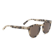 Sunglasses by Ace & Tate | Beach Tomato